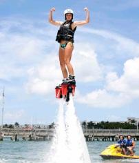 Flyboard-Woman