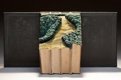 guy-laramee-onde-eles-moram-where-they-live-book-carving-art-designboom-0011